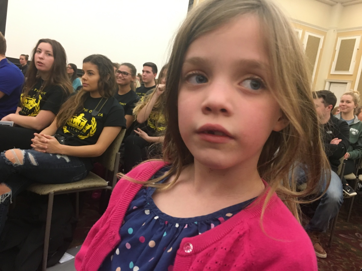 CBUS Dads dad blogger Dan Farkas' daughter ready to take the stage.